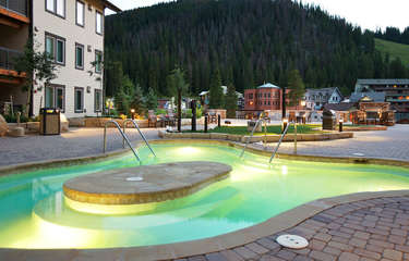 Huge 40 person hot tub on 3rd level plaza area and amazing views