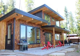 Paradise Found, Modern Dream Home on Ashley Lake