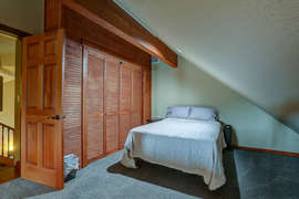 Bedroom 4 - Huge Bonus Room with 2 full beds