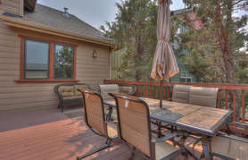 Gorgeous back deck - backs to canal