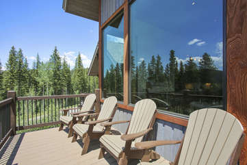 Large deck area with amazing views