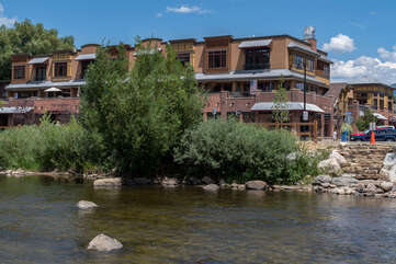 Utmost proximity to the Yampa River