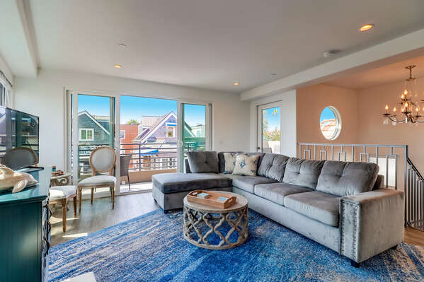 Living Room Opens to Large Deck Overlooking Mission Bay