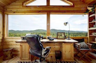 Gather your thoughts as you enjoy the wall of windows.  This room just off the Master Bedroom is the place for the writer in mind.  This room offers you a place to enjoy many mountain views even if your need to bring your laptop and work.