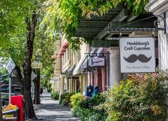 Downtown Healdsburg — shops, galleries, tasting rooms, restaurants