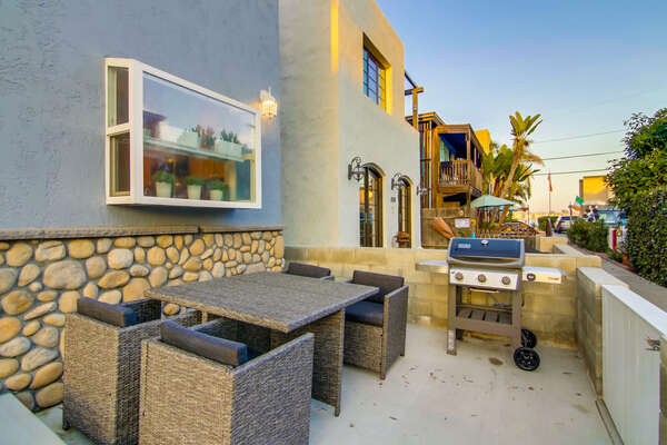 Front Patio with BBQ