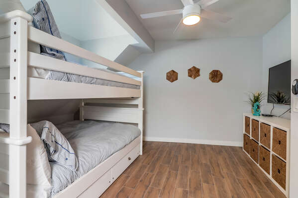 Bunk Room - Third Floor