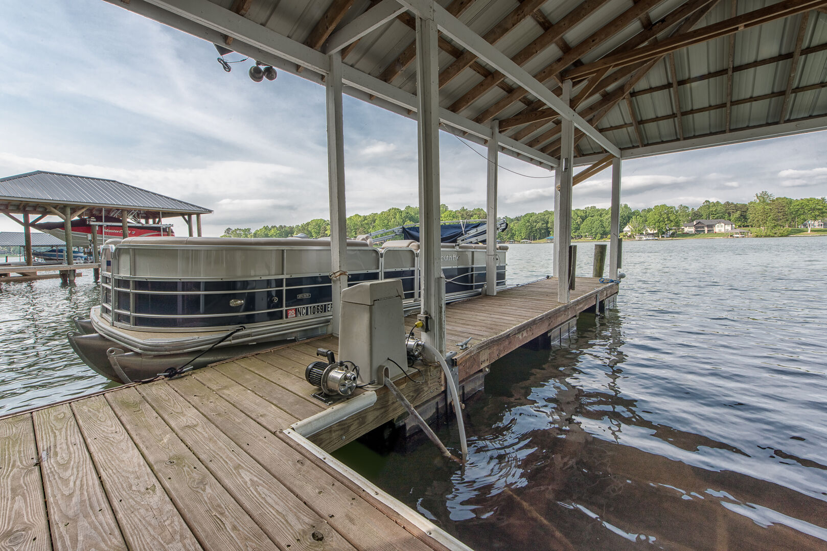Vacation at Lake Norman: Lucky's Lake House in Mooresville