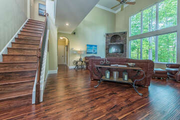 Open concept floor plan - gives space for family and friends to gather.