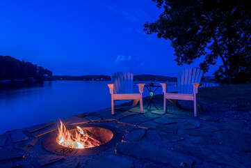 Lakeside fire pit!  Relax with a drink, or get s'mores going for the kids!