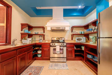 La Beliza 502 full kitchen