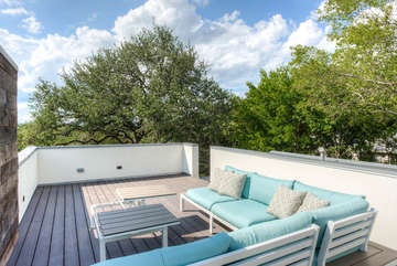 Roof top deck - perfect for morning yoga and/or evening wine