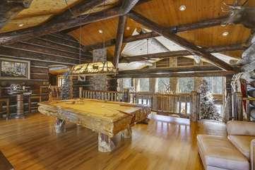 Amazing upper loft game room