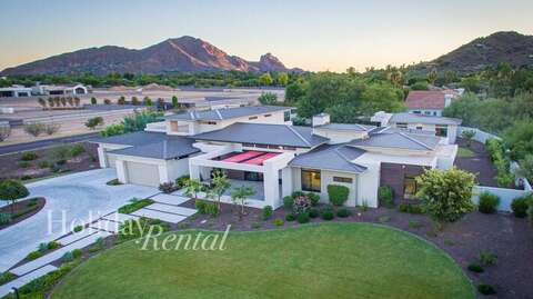 Front of the home, views of Camelback Mountain in the distance