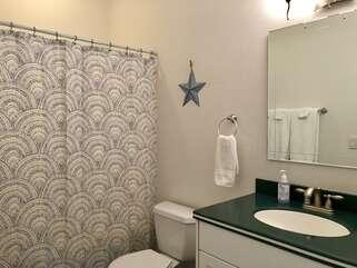 Lakeshore Retreat Bathroom