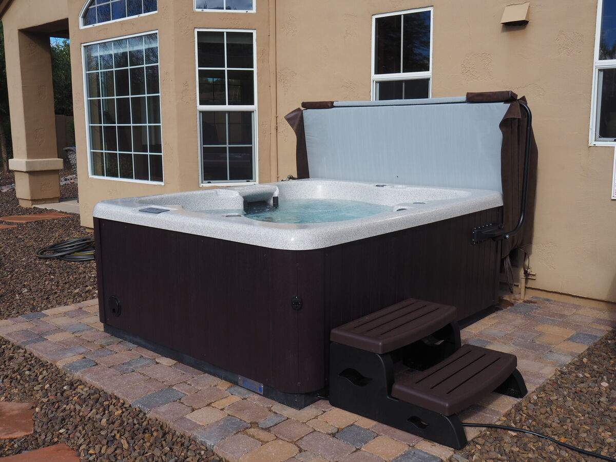 Above Ground Spa  w/ Therapy Jets **NEWLY ADDED**