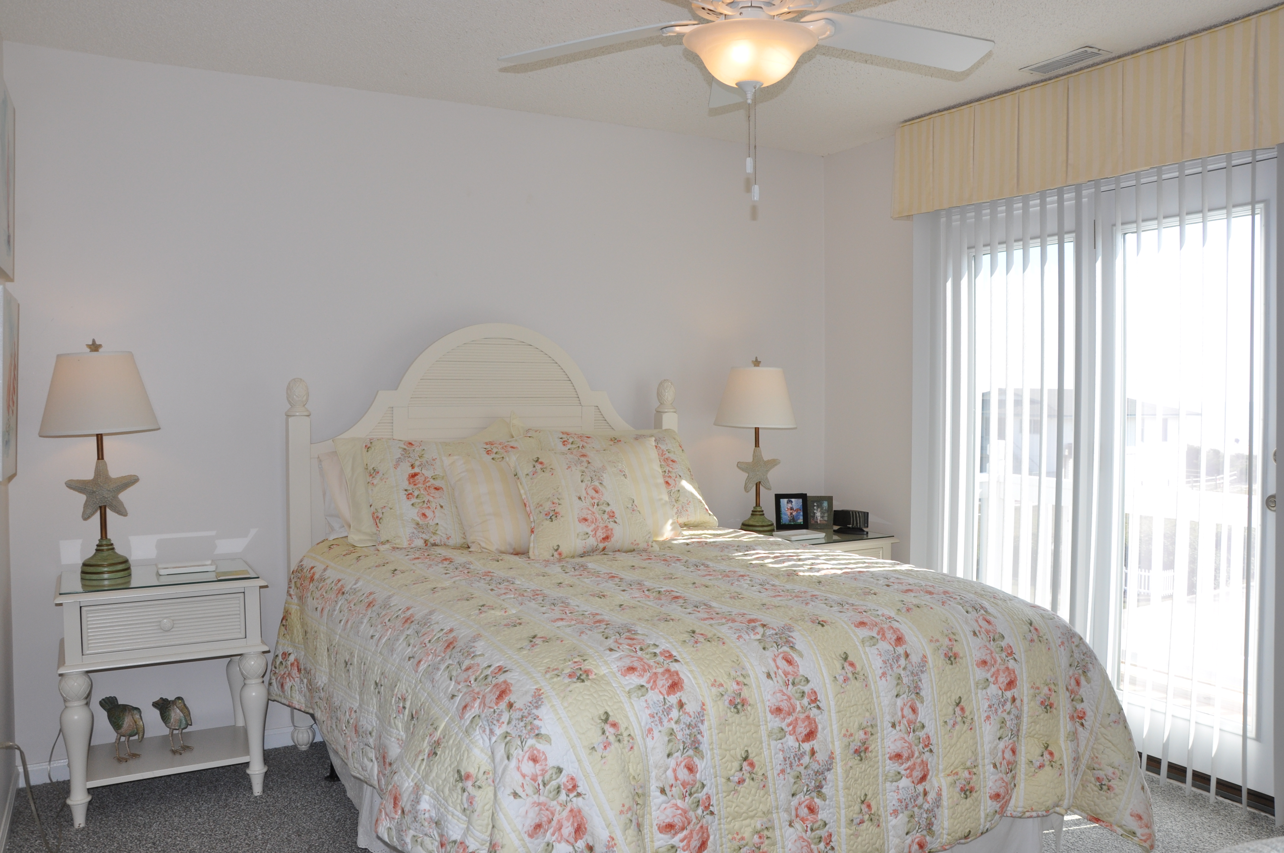 422W - TERRY'S PLACE | Photo
