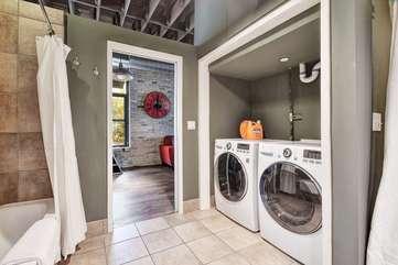 Brazos Loft | Laundry SpaceWasher + dryer