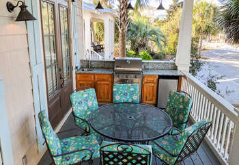 Front Porch Dining