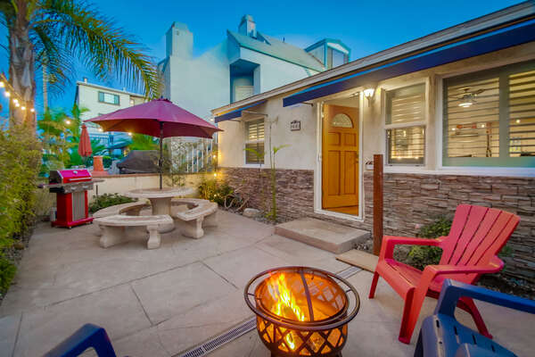 Front Patio, Great for Entertaining