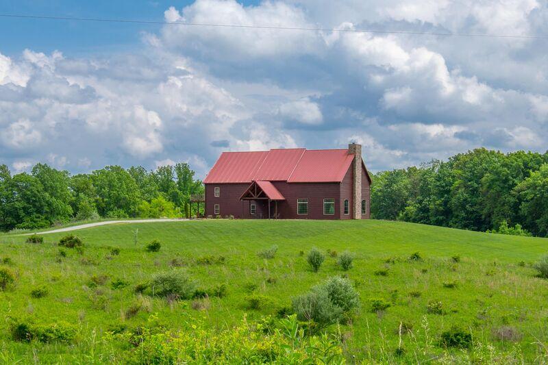 Falls | Luxury Cabin Rental in Hocking Hills | Buffalo