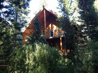 Such a beautiful cabin located in Island Park, Idaho.
