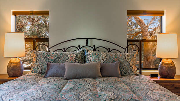 Master Bedroom Suite with Plush King Bed - Heart of Sedona