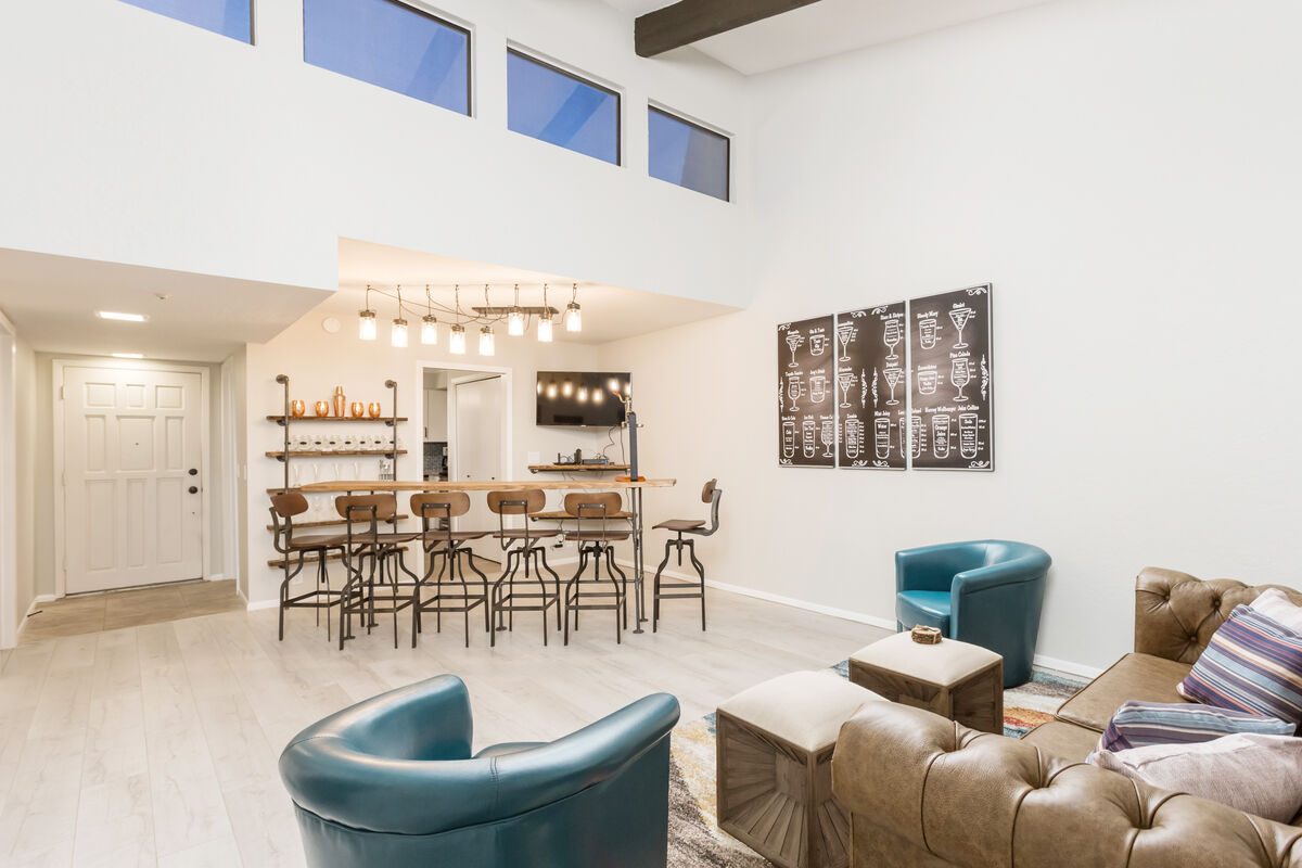 Open floor plan with high ceilings makes this condo feel very comfortable