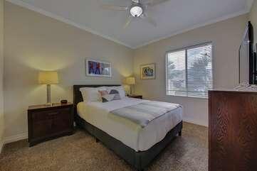 Bedroom 2. Queen size bed, TV