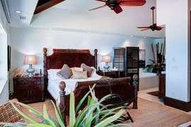 Master bedroom #1 - king bed, en-suite bathroom