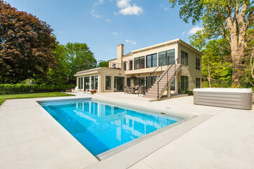 Private Swimming Pool, Spa & Fire Pit All Overlooking Lake Michigan!
