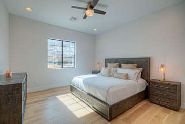 4th bedroom has a king bed, TV and shares a Jack and Jill bath with the 5th bedroom