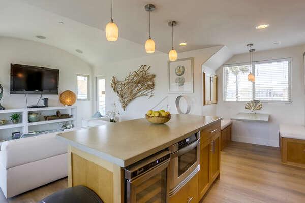 Kitchen and Breakfast Nook, Third Floor