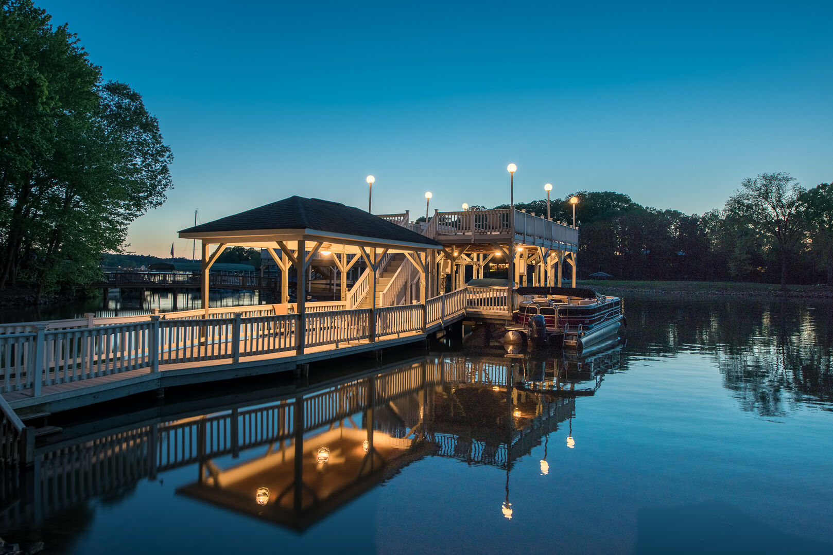 Lakecations, LLC: Dock Paradise in LKN – North End – Lakecations