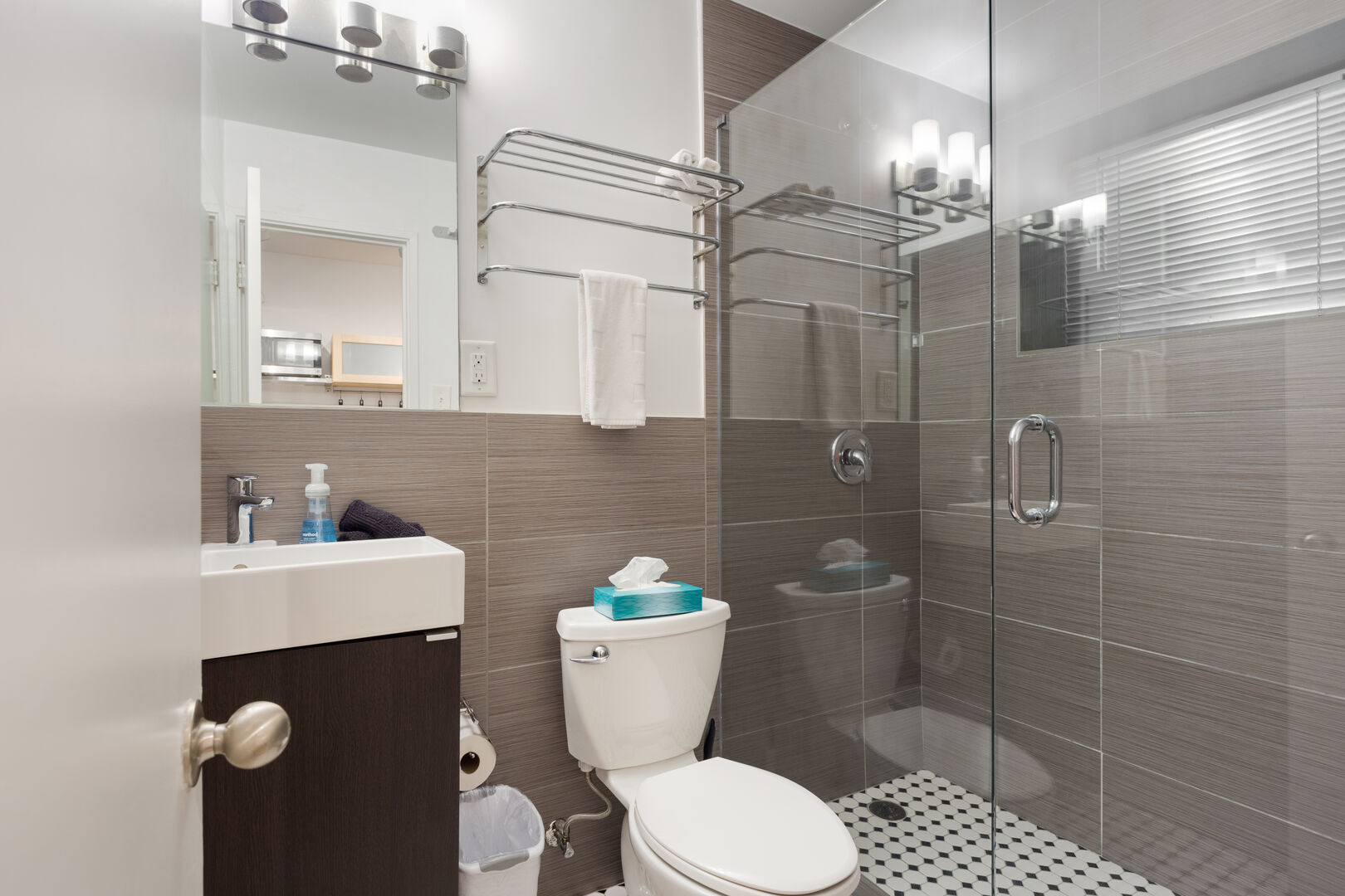 Bathroom with Glass Walk-in Shower - Furnished Apartments in Atlanta - Chic Premium Studios On 25th