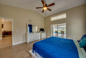 Master Bedroom Lanai Access