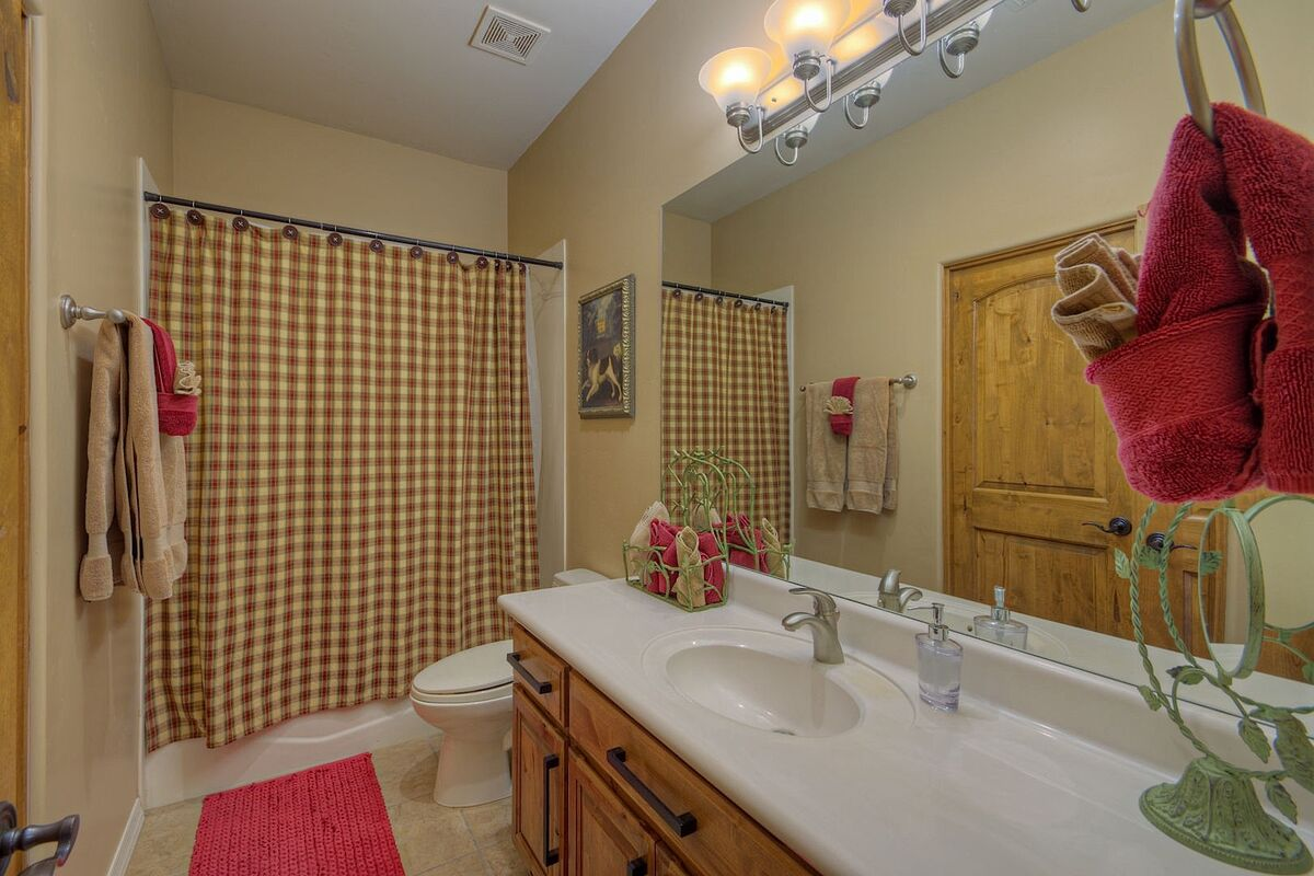 Bathroom with tub/shower combination