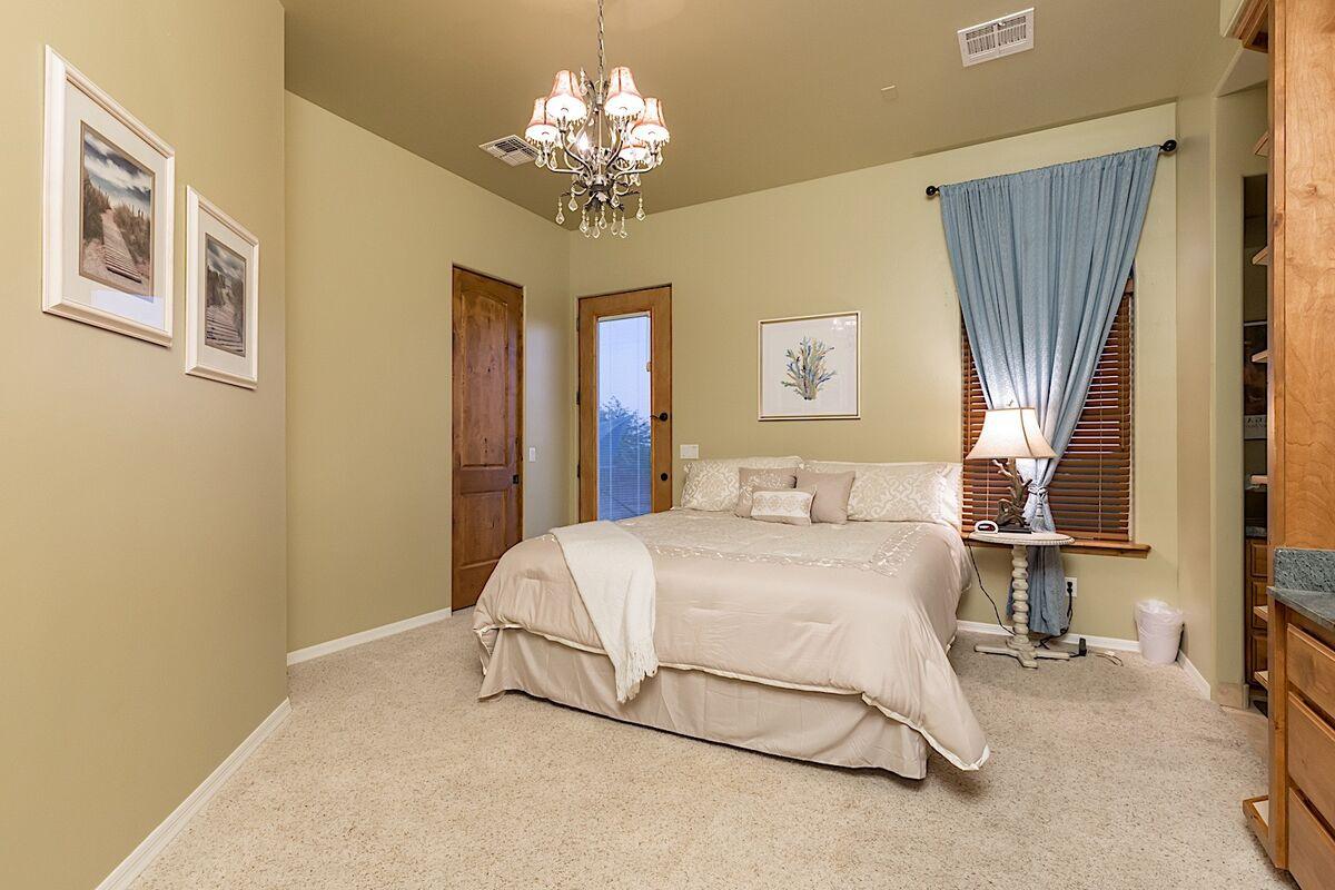 King bedroom with access to private out door area