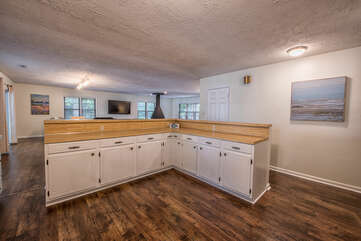 Lots of counter space to prepare family meals!