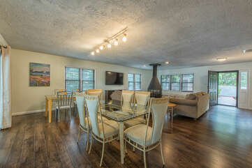 Bright, open concept floor plan, perfect for entertaining.