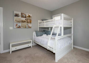 bunk bed room, full and twin beds