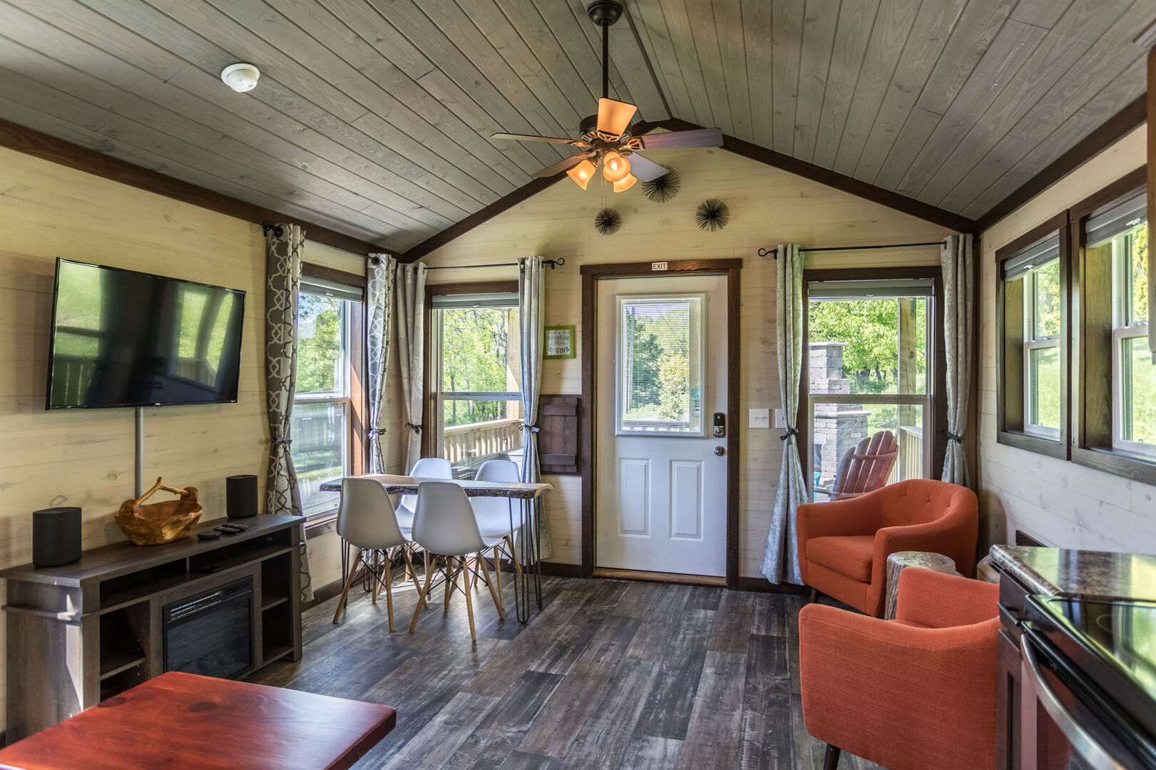 Blue Ridge Mountain Rentals: Tiny House Big Adventures in