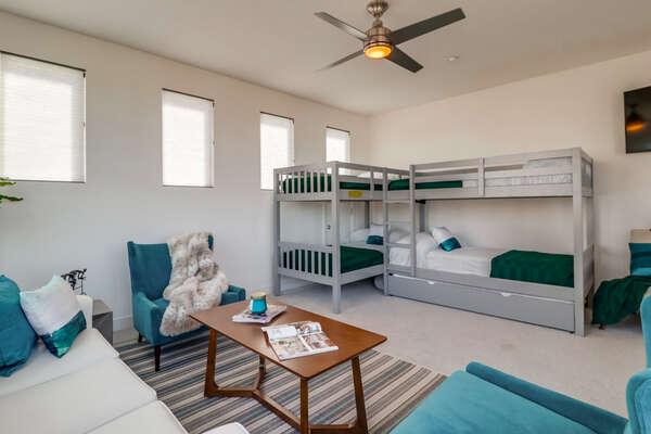 Bunk Room - 5 Twin Beds