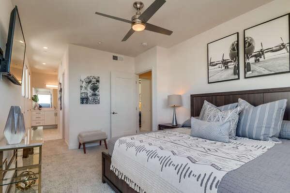 Master Bedroom, 2nd Floor - King Bed