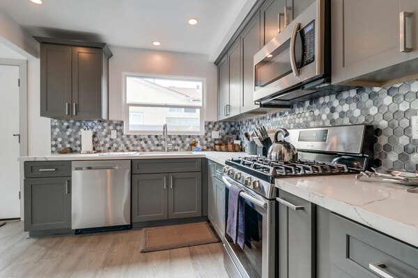 Kitchen - Fully Stocked!