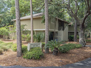Enjoy your Seabrook Island vacation at 1120 Summerwind Cottage