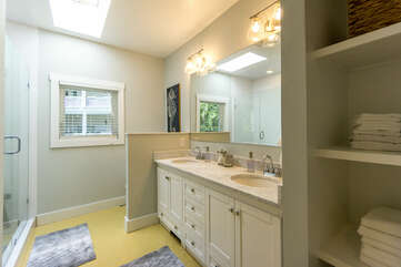 Upstairs hall Bath with double vanity