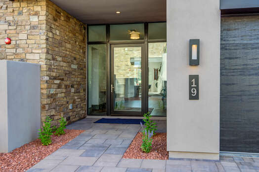 Exterior Front Entry
