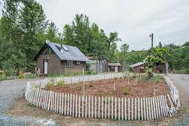 Moiser Farmhouse 2