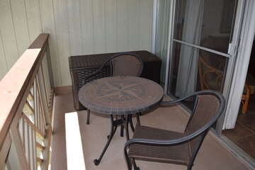 Private lanai with seating for 2